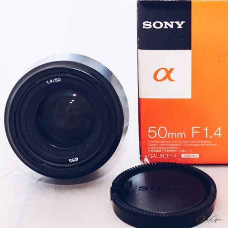 Sony Alpha A-Mount lens: Sony α 50mm f/1.4