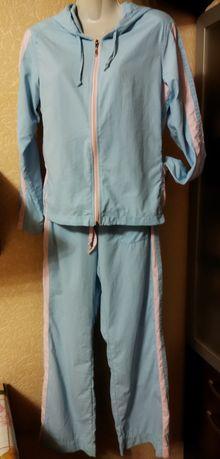 Спортивный прогулочный костюм,тройка, размер 44-46.