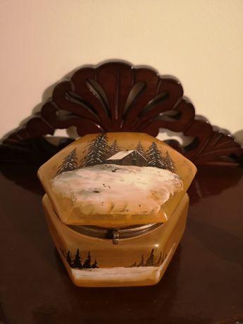 Caixa / guarda-jóias Art Deco sextavada em vidro pintado