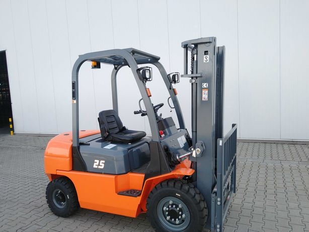 Wózek Widłowy 2.5T Maszt 3m Nissan K25/Benzyna-Gaz