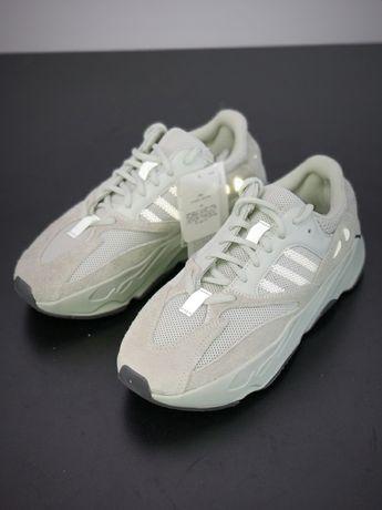 Adidas Yeezy 700 V1