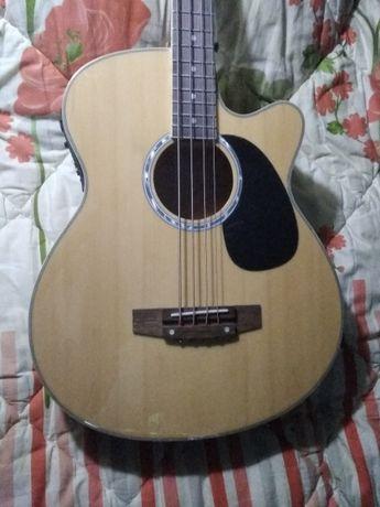 электроакустическая гитара бас
