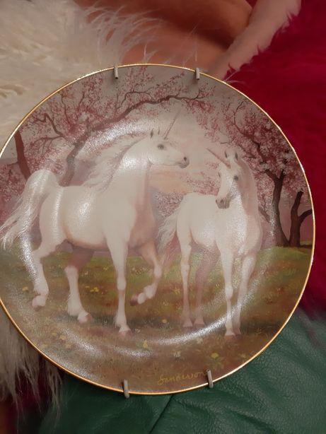 Talerz porcelanowy