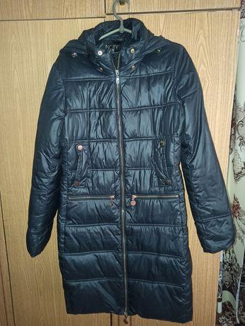 Продам зимнюю куртку пуховик