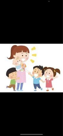 Ama cuidadora de bebés ,junto metro Odivelas