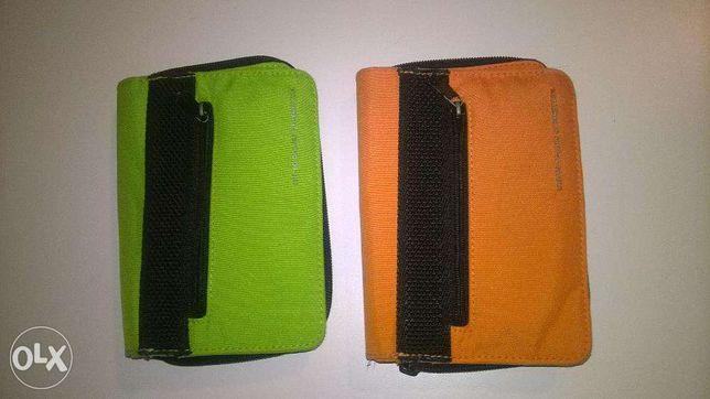 Duas carteiras United Colors of Benetton