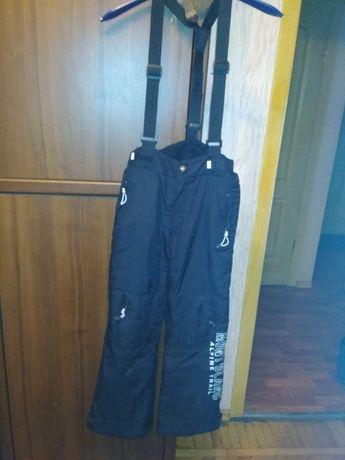 Штаны теплые термо, лыжные для мальчика на рост 140 см