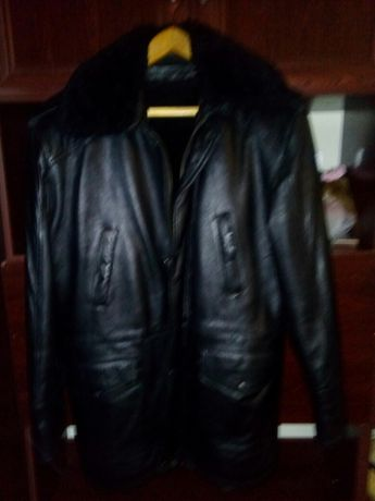 Продам кожаную куртку дснс,мнс