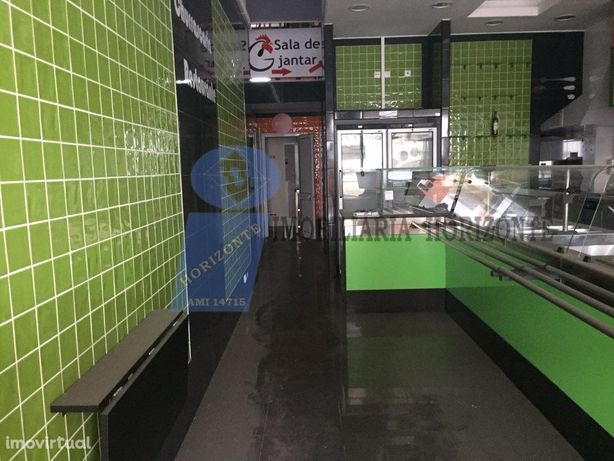Restaurante totalmente equipado