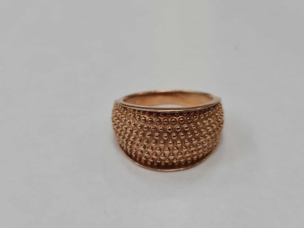 Ciekawy złoty pierścionek damski/ Radzieckie 583/ 10.05 gram/ R21