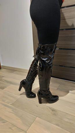Kozaki lakierowane za kolano