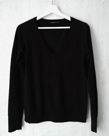 NEXT Czarny sweterek z dekoltem w serek