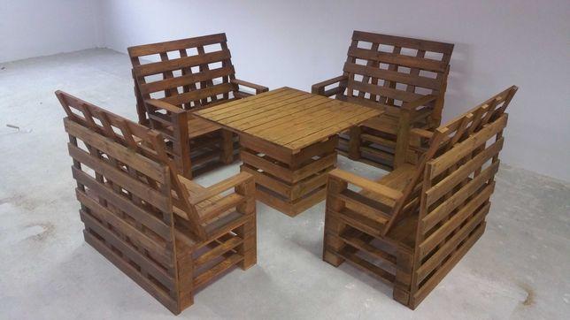 zestaw ogrodowy . meble z palet na taras drewniany