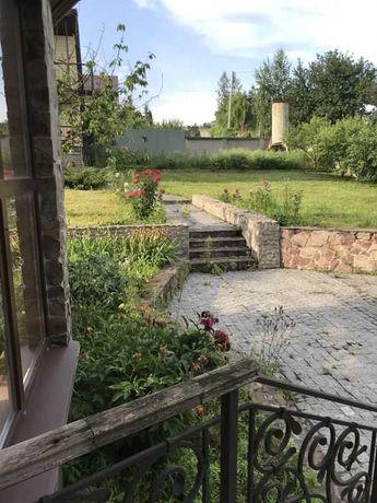 Сдается двухэтажный дом 200 м2, рядом р. Стугна, лес с.Хлепча