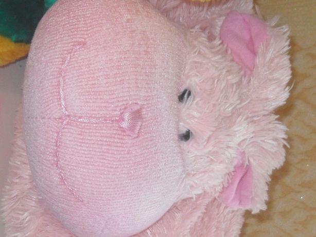 Пушистая игрушка- подушка для девочки.