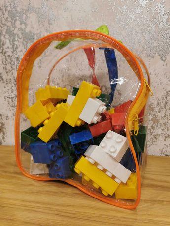 Klocki w plecaczku takie jak Lego Duplo