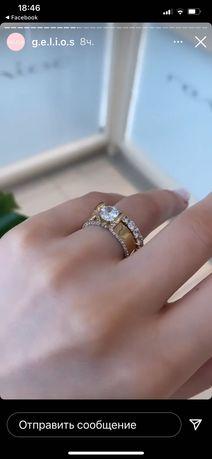 Кольцо золотое с прозрачным камнпм