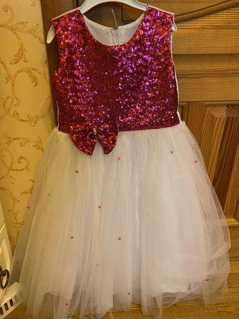 Нарядное платье, платье на выпускной в сад