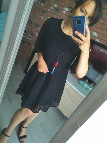 Sukienka Zara 36/38 koronkowa czarna jak nowa