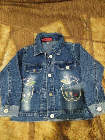 Джинсовая куртка на девочку 98 р