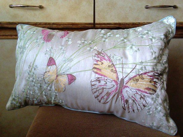 Подушка (подушки) атлас + синтепон (перламутровая светло-бежевая)