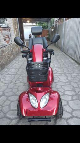 Скутер на аккумуляторе