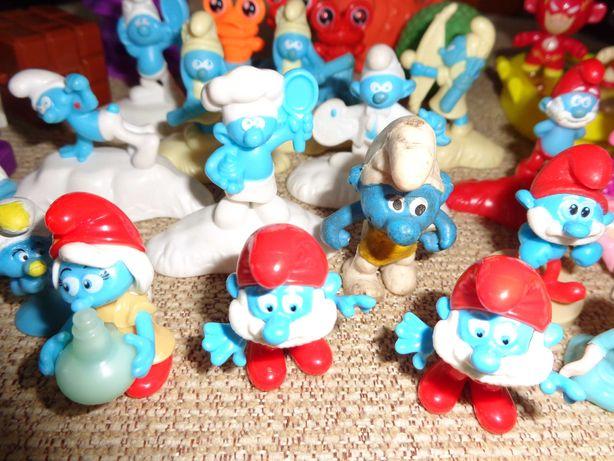 Zabawki małe , smerfy dużo i inne