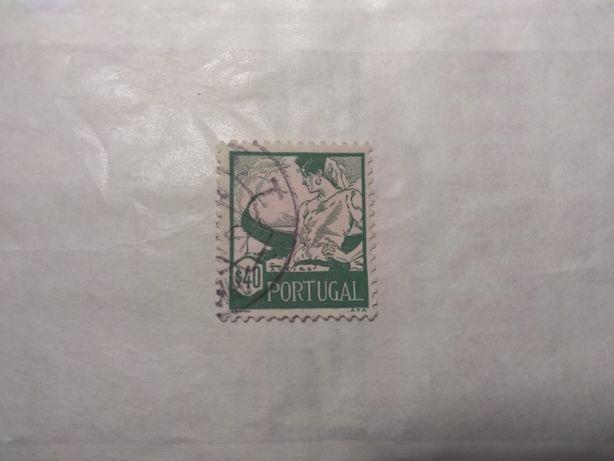 Selos de Portugal - 1946 - Emissão Costumes Portugueses Aveiro $40