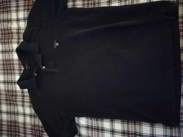 Polo Gant em tons de preto