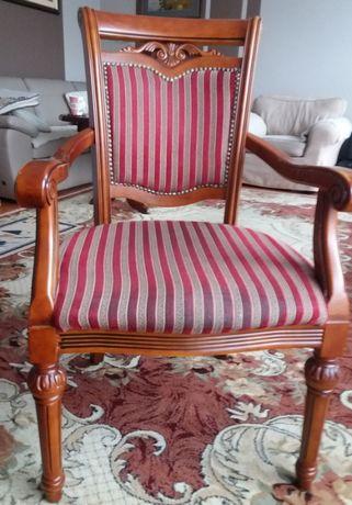 Fotel stylowy drewniany, tapicerowany