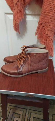 Набор ботинки + пончо