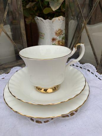 Чайная тройка Royal Albert