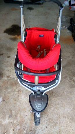 Carro e cadeira para criança