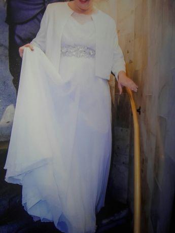 Suknia ślubna 42,44,46 muślina, kremowa biel piękne zdobienia