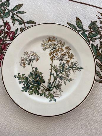 Пирожковые тарелки из серии Ботаника Виллерой &Бох.