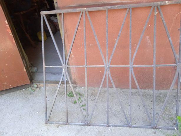 Продам Металлические Решетки на окна