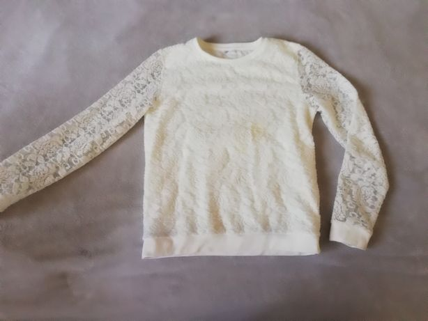 Sliczna dziewczeca koronkowa bluzka146