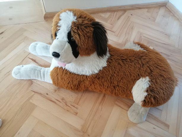 Pies duży pluszak pluszowy