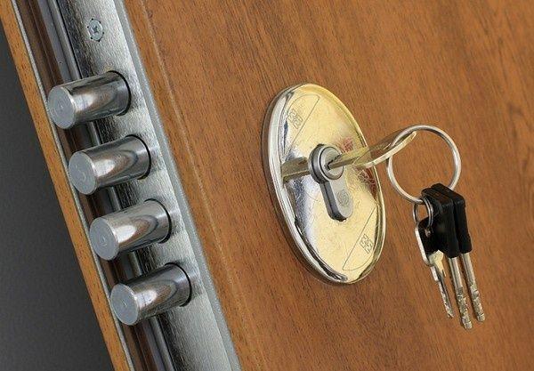 Dorabianie Kluczy,awaryjne otwieranie drzwi zamków mieszkań samochodów