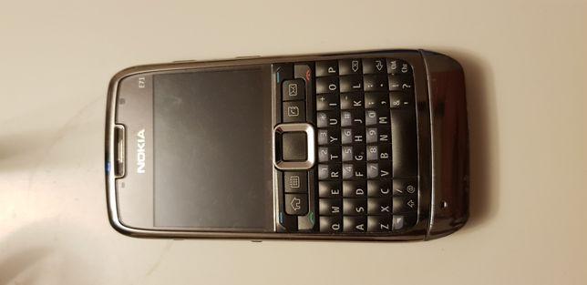 Telefon Nokia E71, klawiatura qwerty