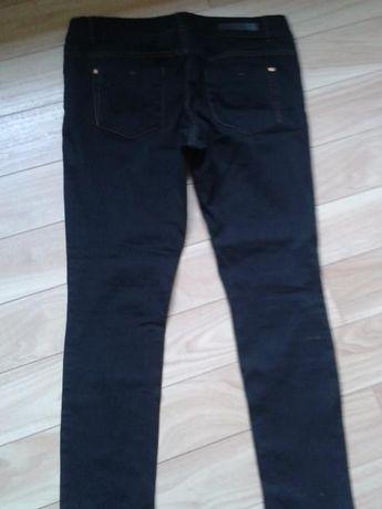 Spodnie rurki 42