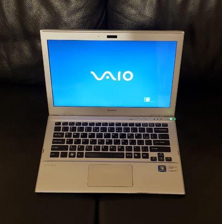 Laptop Sony ultrabook svt131a11m intel i3