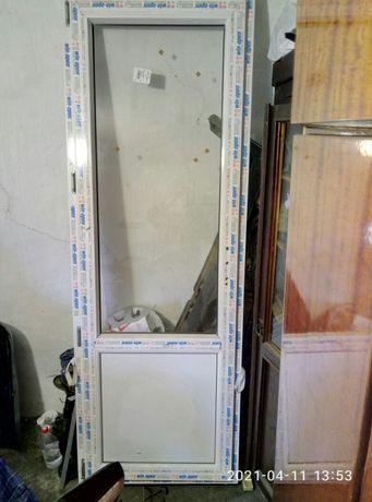 продам межкомнатные пластиковые двери