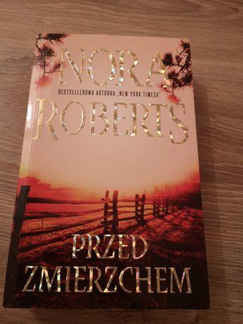 Książka Przed zmierzchem Nora Roberts