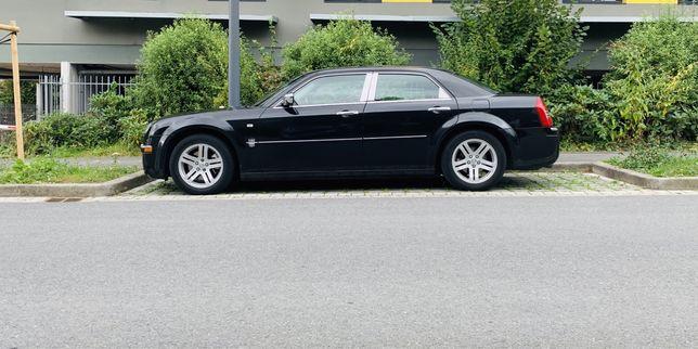 Chrysler 300c / 3.0 crd / 218km / super stan !
