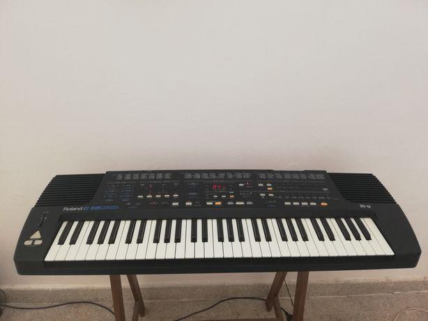 Roland E-66 Intelligent Synthetizer