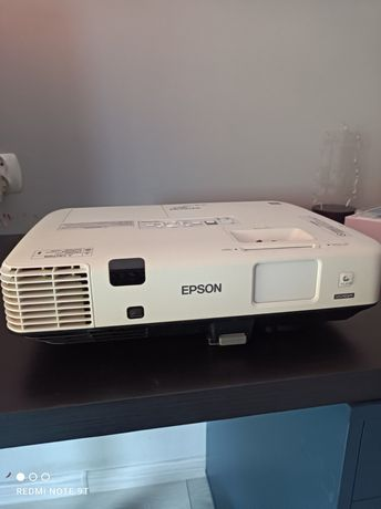 Projektor Epson Eb1945w