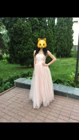 дизайнерское свадебное или выпускное платье в пол