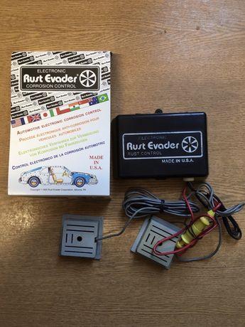 Elektroniczne zabezpieczenie antykorozyjne pojazdu