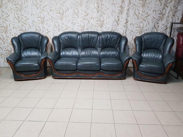 Кожаный комплект с вставками дерква 3 + 1 + 1 кожаный диван